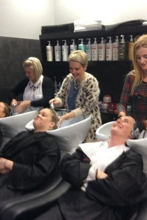ruby-mane-washing-hair